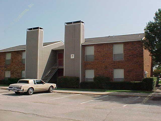 Creek Stone Apartments , TX