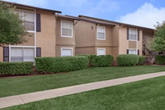 Exterior at Listing #141234