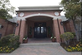 Entrance at Listing #137590