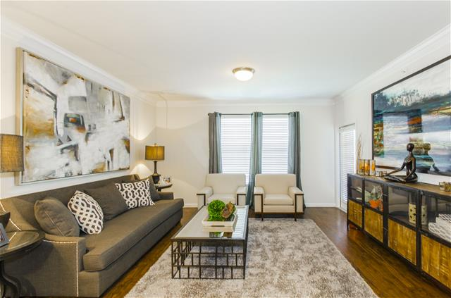 Living at Listing #260461