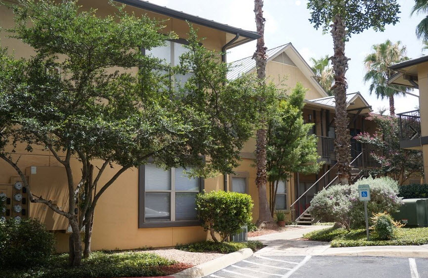 Exterior at Listing #141427