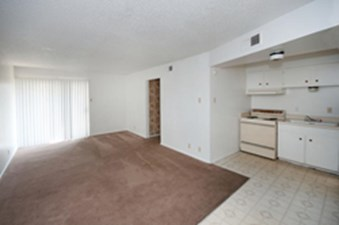 Living at Listing #141121