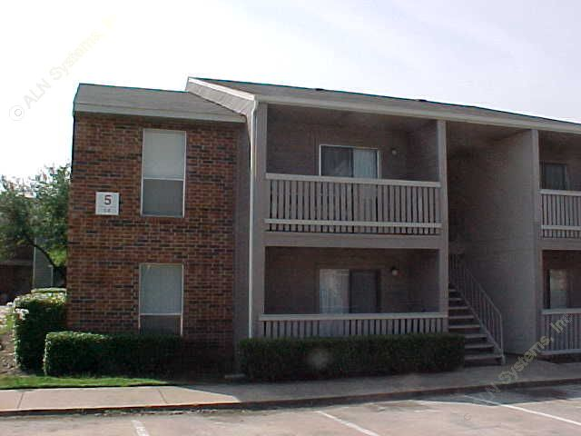 Exterior 6 at Listing #135906