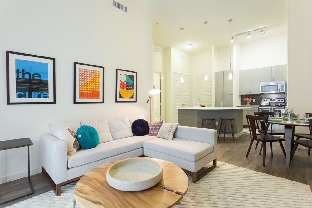 Living at Listing #226441
