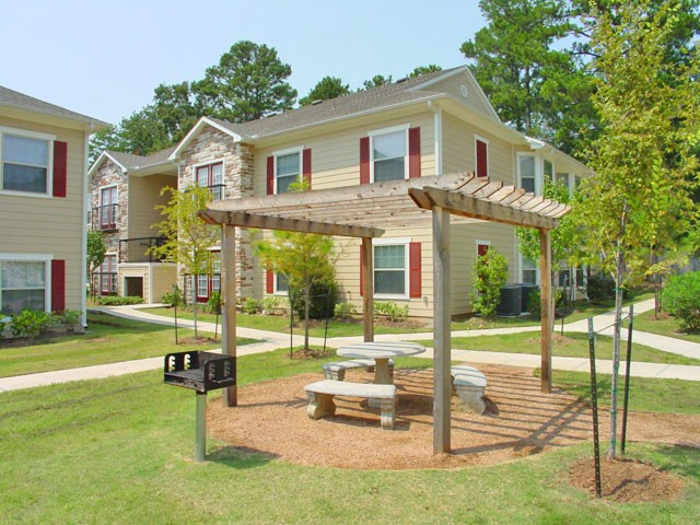 Picnic Area at Listing #147432