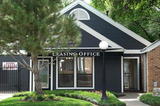 Exterior 1 at Listing #140566