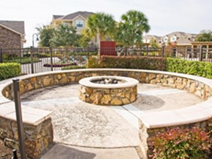 Fire Pit at Listing #145751