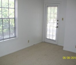 Bedroom at Listing #232467