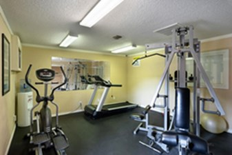Fitness Center at Listing #140214
