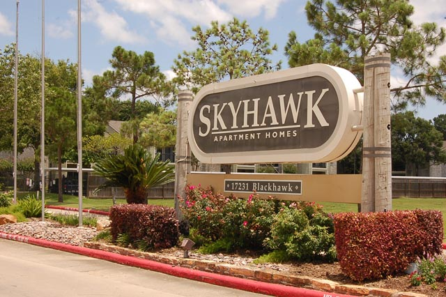 skyhawk apartments friendswood - $887+ for 1 & 2 bed apts