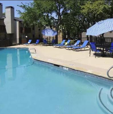 Pool at Listing #137257
