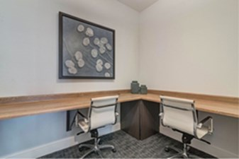 Business Center at Listing #319662