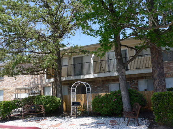 Carriage Woods Apartments Conroe TX