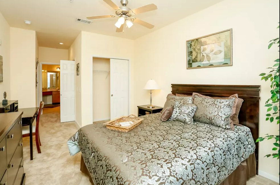 Bedroom at Listing #147501