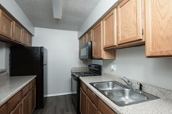Kitchen at Listing #136297