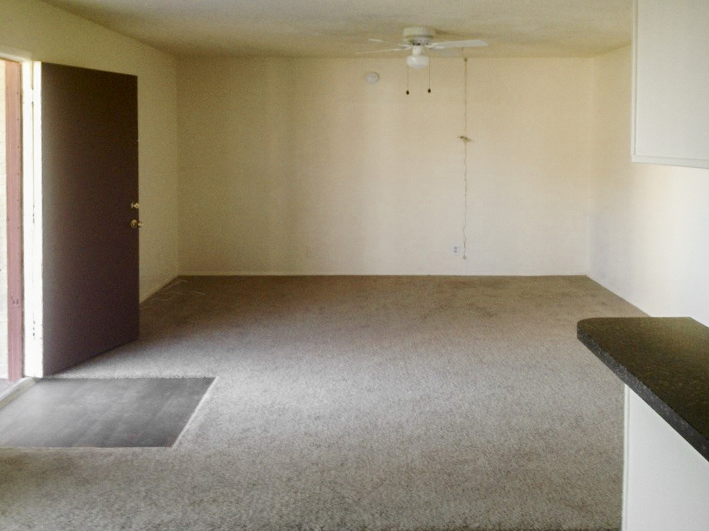 Living at Listing #141037