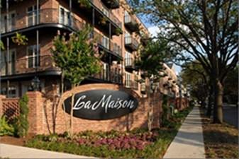 La Maison River Oaks at Listing #146286