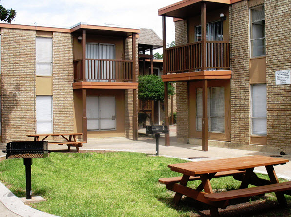 Regency Apartments Arlington TX