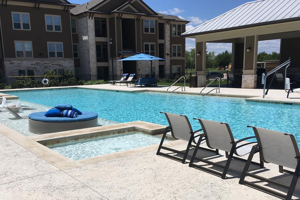 Aria Plum Creek Apartments Kyle, TX