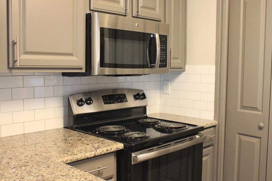 Kitchen at Listing #138289