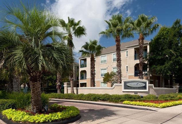 Estates at Fountain Lake Apartments Stafford TX