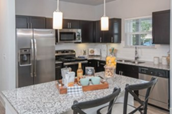 Kitchen at Listing #337271