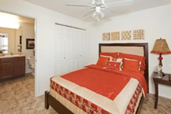 Bedroom at Listing #151535