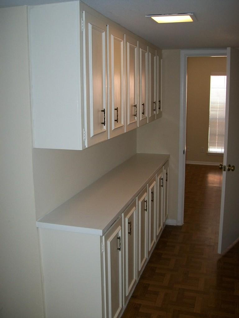 Interior at Listing #141366