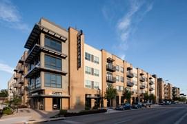 1800 Broadway Apartments San Antonio TX