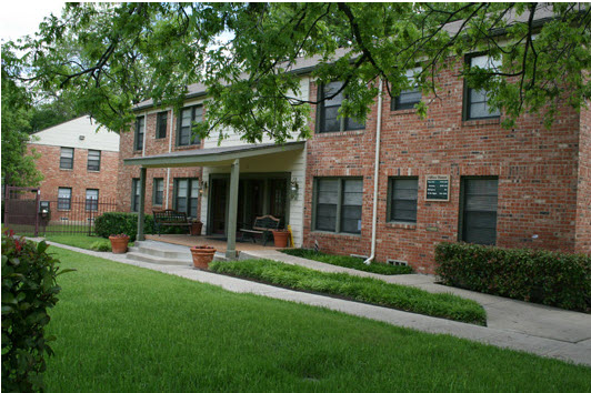 Parks at Wynnewood Apartments Dallas TX
