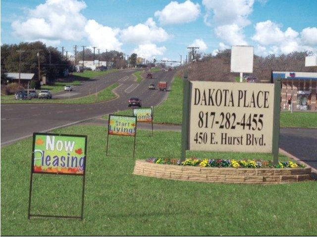 Dakota Place Apartments , TX