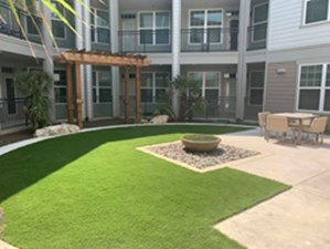 Courtyard at Listing #305075