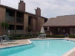 Pool at Listing #139957
