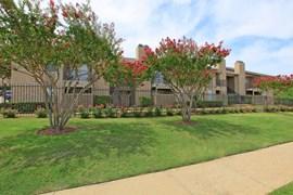 Lexington Apartments Grand Prairie TX
