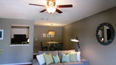 Living/Dining at Listing #141229