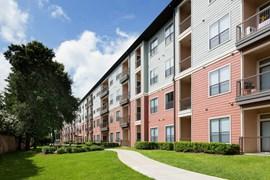 West 18th Apartments Houston TX
