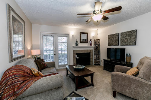 Living at Listing #141317