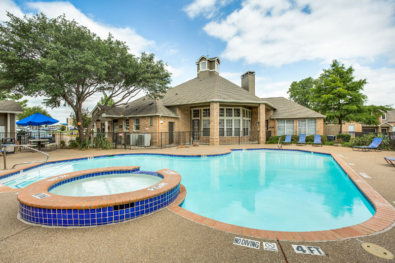 Pool at Listing #137866