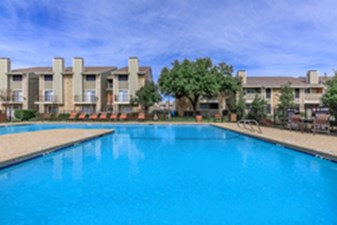 Pool at Listing #137015