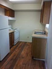 Kitchen at Listing #136002