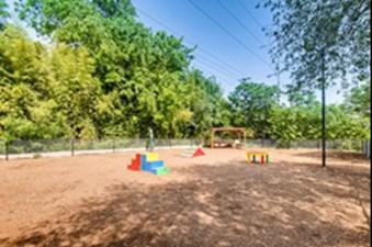 Dog Park at Listing #140721