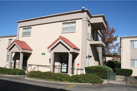 Exterior at Listing #137326