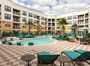 Amli Campion Trail Irving 1154 For 1 Amp 2 Bed Apts
