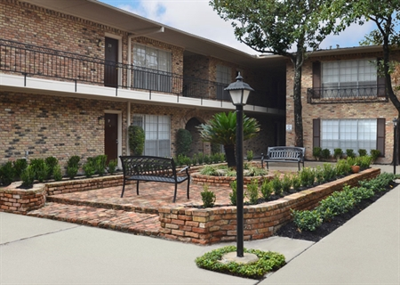 Exterior at Listing #138947