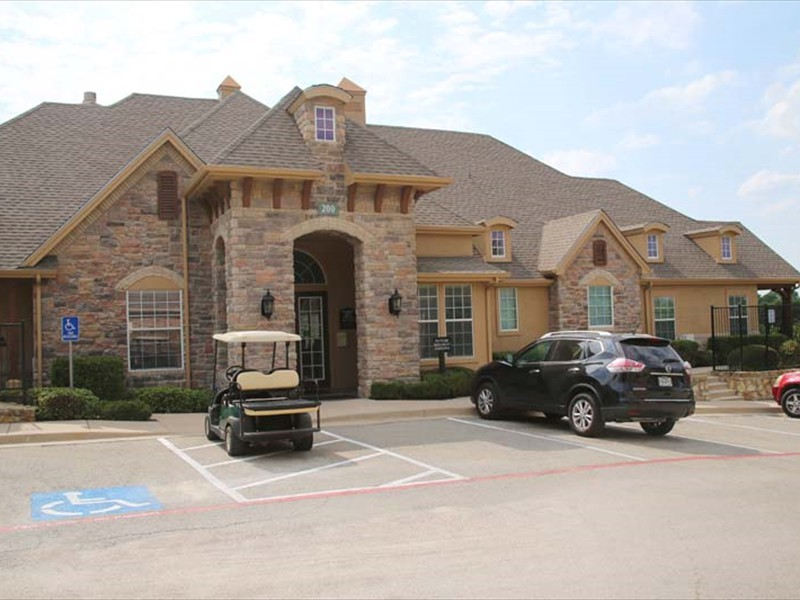 Exterior at Listing #146886
