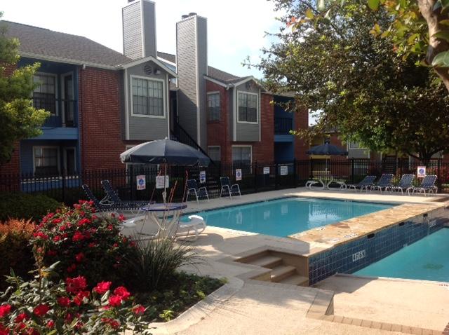 Pool at Listing #136718
