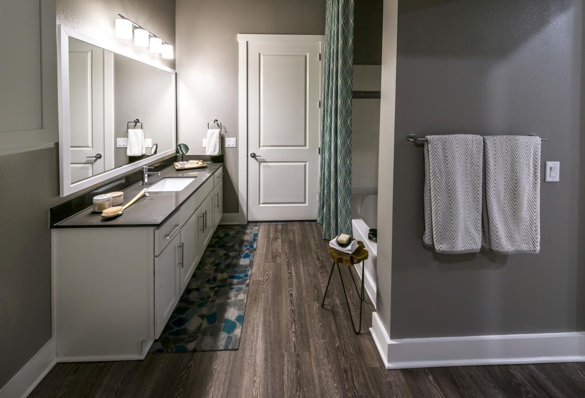 Bathroom at Listing #294833