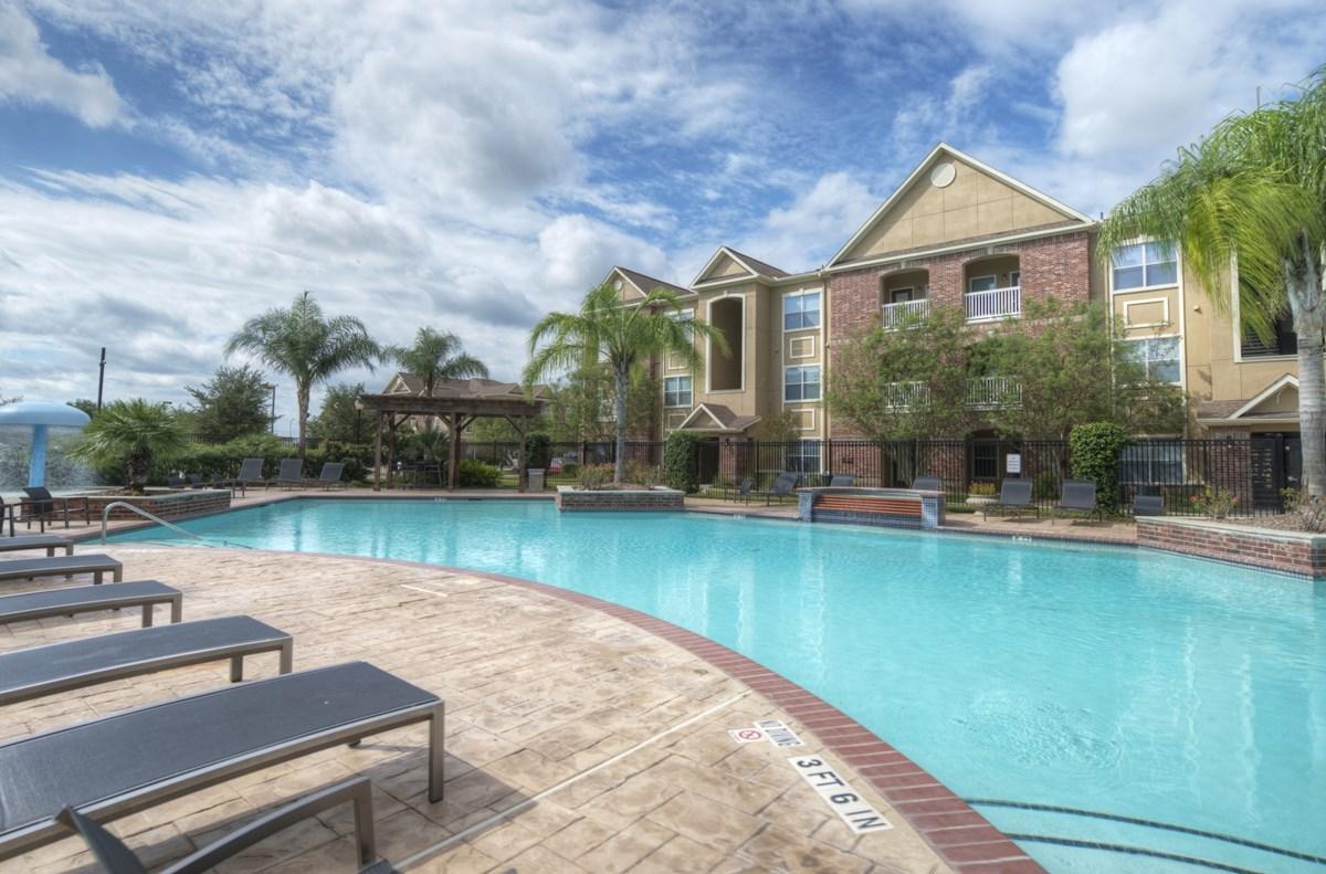 Pool at Listing #145059