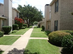 Heritage Square Townhomes Apartments Waxahachie TX