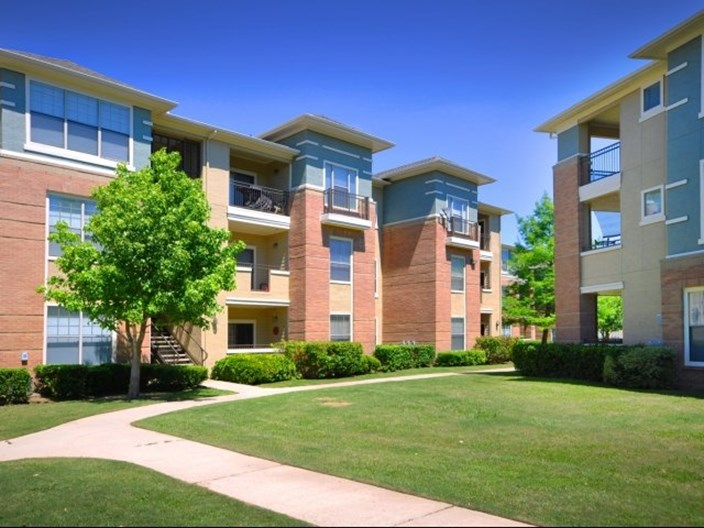 Metropolitan at Cityplace Apartments
